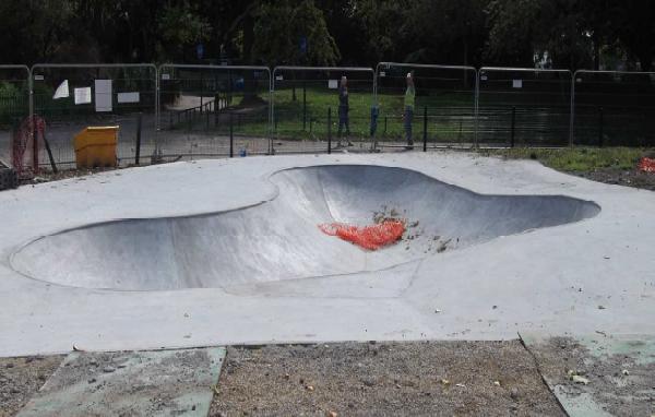 bishops_park_skateboard_bow