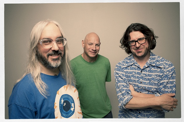 dinosaur_jr_photo_2012_I _Bet_The_Sky