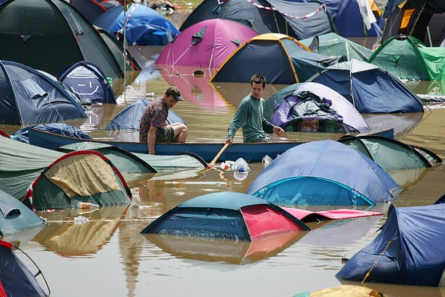 glastonbury 2005 floods