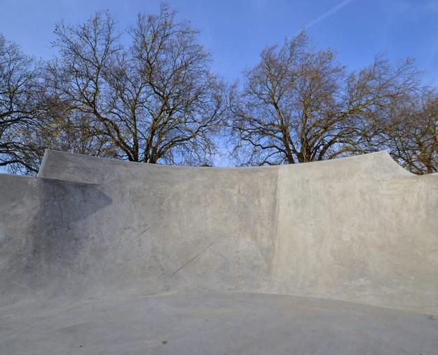 new_skatepark_epsom_surrey