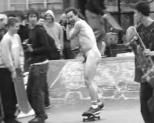 naked_davross_skate