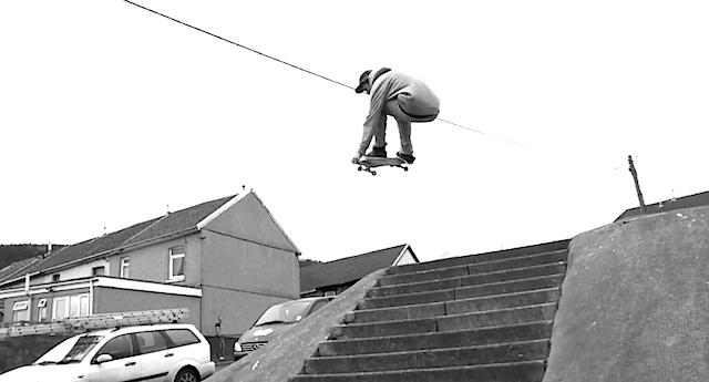 sam_pulley_skate