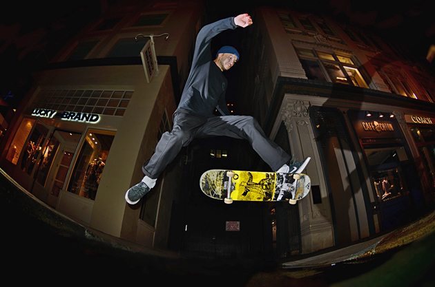 5_chris_morgan_frontside_no_comply