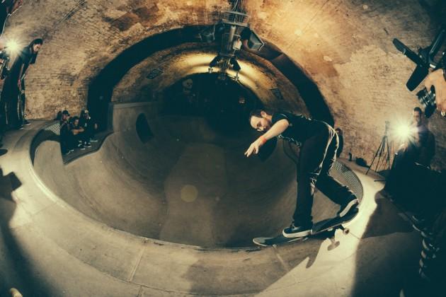 _IHC8407e-Vans-x-Crossfire-Halloween-Massacre-Bowl-Jam-London-2014-Photographer-Maksim-Kalanep