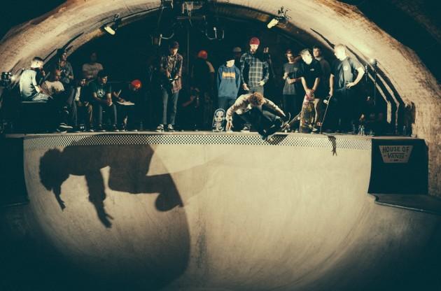 _IHC8481e-Vans-x-Crossfire-Halloween-Massacre-Bowl-Jam-London-2014-Photographer-Maksim-Kalanep