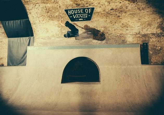 _IHC8521e-Vans-x-Crossfire-Halloween-Massacre-Bowl-Jam-London-2014-Photographer-Maksim-Kalanep
