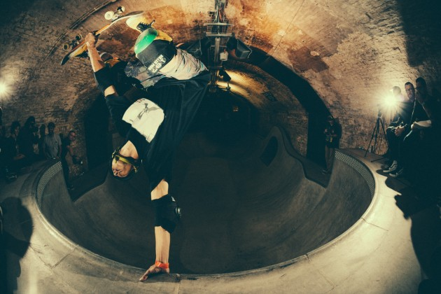 _IHC8665e-Vans-x-Crossfire-Halloween-Massacre-Bowl-Jam-London-2014-Photographer-Maksim-Kalanep