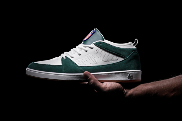 es_SLB_skate_shoe_whitegreen_sal_barbier